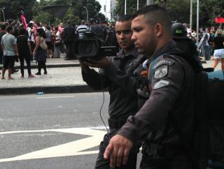 Police filming protesters. (c) Camila Nobrega